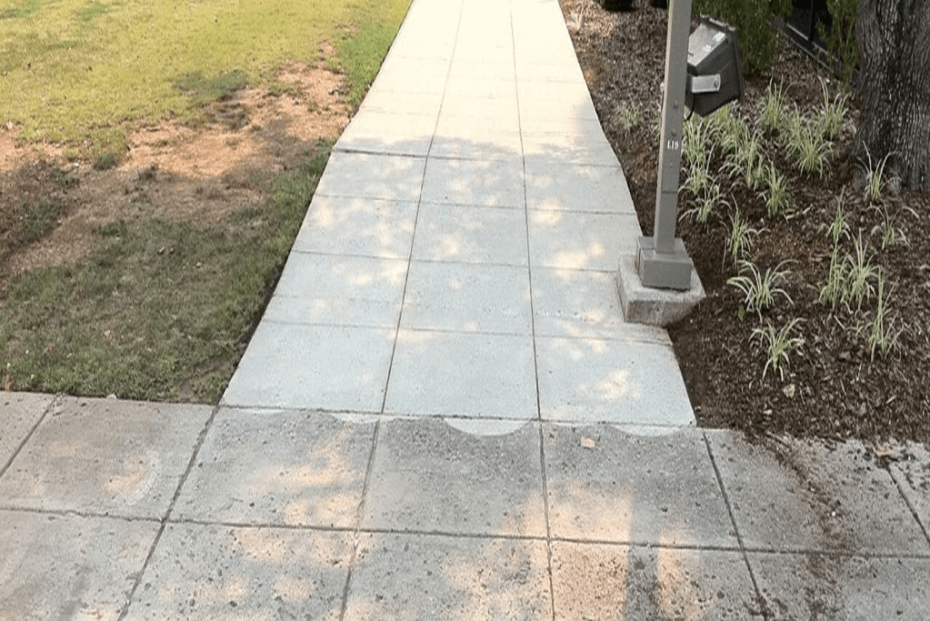 Pressure washing in athens alabama clear shine for Best way to power wash concrete